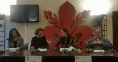 """21 Novembre Conferenza Stampa per """"La voce serve"""" Sala Maconi Comune di Firenze"""